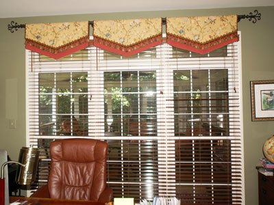 Home Office Valance And Decorative Rod